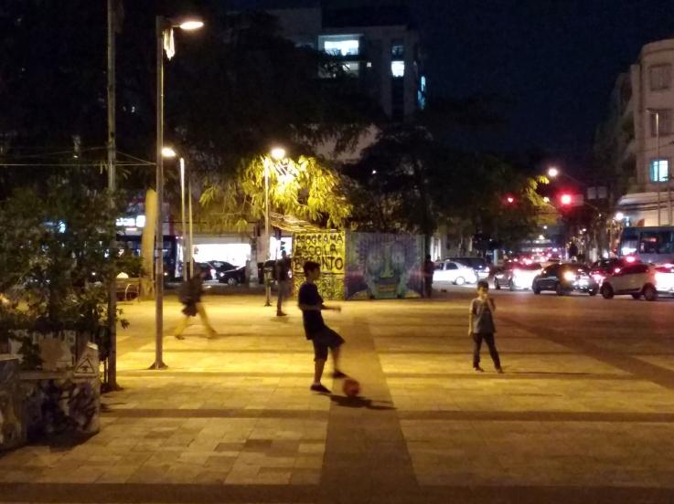 futebol_largo_da_batata_noite