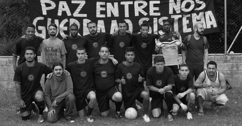 corote_molotov_futebol_varzea
