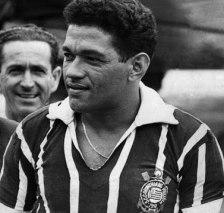 Garrincha_no-Corinthians_1966