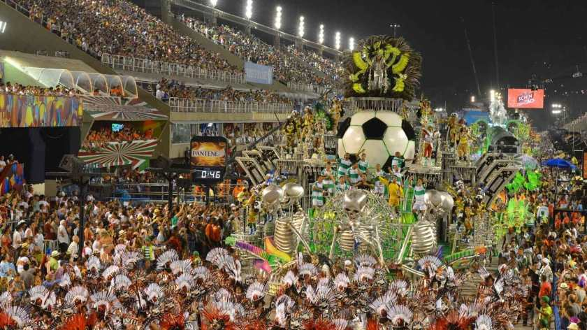 desfile_carnaval_futebol.jpg